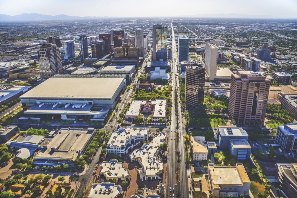 With 300 days of sunshine a year and an average temperature of 75 degrees, Greater Phoenix has the perfect climate for business.